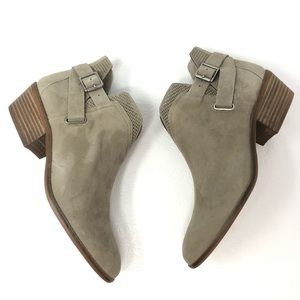 VINCE CAMUTO Panthea ankle boots 10 Foxy gray
